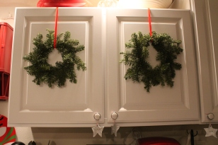 My kitchen cabinets are so happy with their little wreaths!