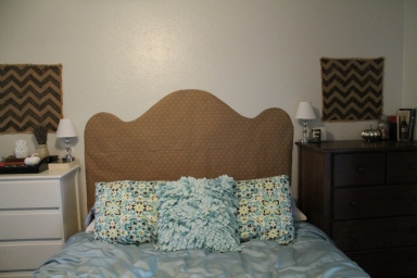 The bedding doesn't go with the chevron burlap art but I'm working on that.