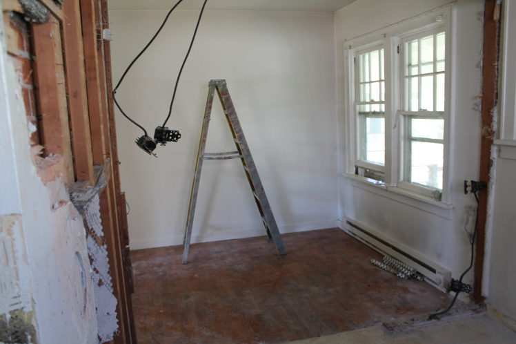 Old dining room. Notice how we ripped out the dividing wall? It's still tiny but it feels so much more open!